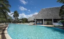 Uroa Bay Beach Resort - 7 Nights